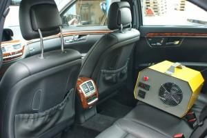 Ozonator w samochodzie 300x200 Ozonowanie klimatyzacji
